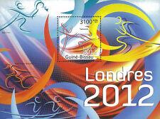 Briefmarken mit Motiven über Autorennen