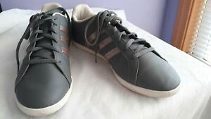 Adidas women sneakers size 10 Rosegold/grey Color