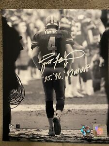 Packers Brett Favre Authentic Signed 8X10 Tunnel Photo w/ Favre Holo & COA MVP