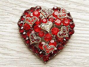 Heart Brooch Red Golden tone Crystal Rhinestone Sparkling Love Pin