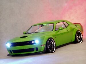 Dodge Challenger SRT Hellcat Solido 1:18 Tuning Xenon R  GT Shelby Charger Viper