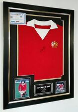 ** Rare GEORGE BEST of MANCHESTER UNITED Signed Shirt Autograph DISPLAY  **