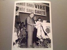 MIREILLE MATHIEU et JOHNNY STARK - PHOTO DE PRESSE ORIGINALE  18x24cm