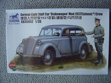 Bronco 1/35 German Light Staff Car Stabswagen mod.1937 (Saloon) with 2 figures