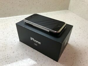 APPLE iPhone 1 ~ 1st Generation 2G - 4 GB - iOS 1 - RARE - Unlocked - Immaculate