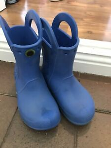 Kids Crocs pull on Wellies, blue, size 11 , good used condition