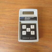 Cole Parmer 8110-00 Type E Thermocouple Thermometer - Used