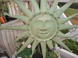 Shabby Schöne Große Lachende Sonne Innen Aussen Deko Metall Antik Grün 58 cm NEU