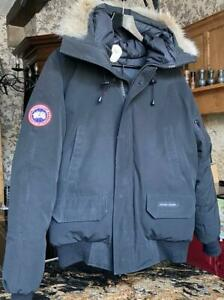 Canada Goose Chilliwack Hooded Down Filled Bomber Jacket Coat Small