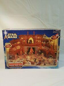 Star Wars AOTC Geonosis Battle Arena Playset 2002