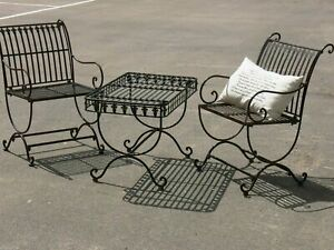 FRENCH or HAMPTONS setting COFFEE TABLE 2 CHAIRS WROUGHT IRON  solid metal.New