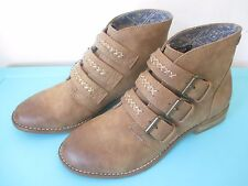 NEW* ROXY ANKLE BOOTS SHOES Casual 7 37 VEGAN Tan Clayton Buckle