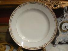 bel ancien plat rond creux en porcelaine de limoges PP 1920 decor de roses