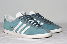 Mens Adidas Suede Gazelle  Sneakers Shoes    size us - 8.5  / 42