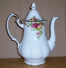 ROYAL ALBERT OLD COUNTRY ROSES LARGE TEA POT/ COFFEE SERVER 10.5 TO TOP OF COVER