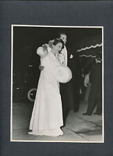 JOAN CRAWFORD + CESAR ROMERO ARRIVE AT 1939 PREMIERE OF GONE WITH THE WIND