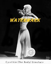 Cynthia 1960s (The Body) Sinclair-Pinup Girl, Burlesque Vintage-Photo