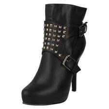38 Stivali e stivaletti da donna spillo nero