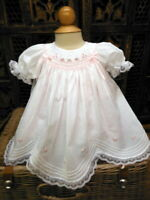 NWT Will'beth Baby Girls White Vintage Smocked Rose Lace Bishop Dress Preemie 00