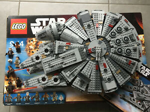 Lego Star wars 75105 faucon millenium set complet