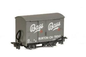 PECO 009 narrow gauge ready to run No: GR-901 Box Van , Bass  No:19