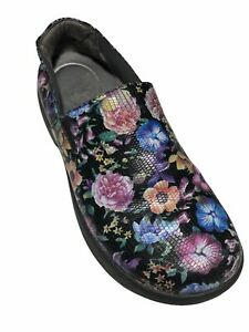 Dansko Women's Winona Black Leather Wildflower Clog's - Size 37/EU  6.5/US