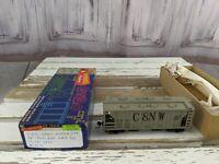 C&W hopper grain chicago northwestern 3974 car toy HO freight