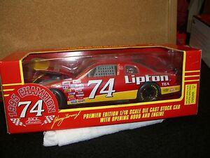 1/18 Racing Champions 1995 Busch champ #74 Lipton Johnny Benson