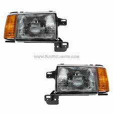 COUNTRY COACH WINDSOR 1995 1996-1998 PAIR HEADLIGHT HEAD LIGHTS FRON LAMPS RV