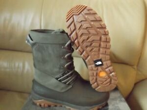 The North Face Women's Yukiona Mid Winter Insulated Boot Tarmac Green New w/Box
