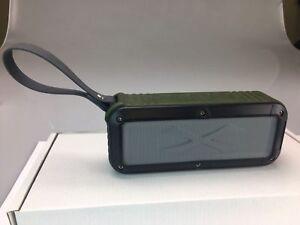 Portable  Oblong Wireless Bluetooth Speaker - Green/Black/Silver