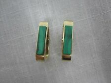 VINTAGE SIGNED PEBBLES 14K YELLOW GOLD MALACHITE CLIP ON EARRINGS