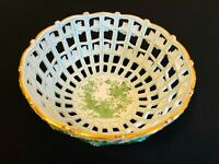 HEREND PORCELAIN HANDPAINTED INDIAN BASKET OPEN WEAVE RETICULATED BASKET 7473/FV