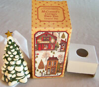 """1982 Avon Country Christmas """"MCCONNELL'S CORNERS TOWN TREE"""" Ceramic Figurine NEW"""