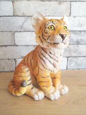 Tiger braun brown Tigerbaby sitzend Poly Tierfigur 24 cm Neu