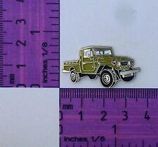FJ79- HJ79 Beige Toyota Landcruiser Ute Quality Metal Lapel Pin / Badge