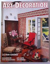 ART & DECORATION du 03/1983; Les mini-cuisines/ Les clefs anciennes/ Radiateur