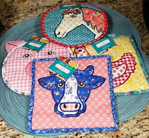 THE PIONEER WOMAN SET OF 4 QUILTED ANIMAL TRIVET NEW WITH TAGS