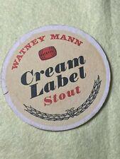 ROUND BEER MAT COASTER - DBL SIDED - CREAM LABEL STOUT WATNEY MANN   (FF174)