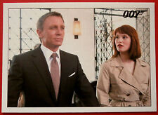 JAMES BOND - Quantum of Solace - Card #047 - Bond Checks Into The Andean Grand
