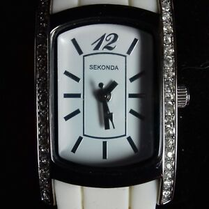 LADIES SEKONDA  WATCH WITH STUNNING RECTANGULAR FACE SURROUNDED BY DIAMANTE'S