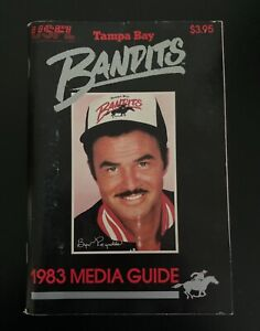 1983 Tampa Bay Bandits USFL Football Media Guide with Burt Reynolds on Cover
