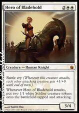 Hero of Bladehold // FOIL // NM // Mirrodin Assediato // Engl. // Magic Gathering