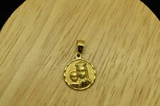 14K YELLOW GOLD QUEEN WITH CHILD ROUND PENDANT CHARM