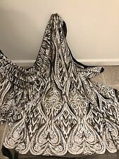 """BLACK/WHITE/GOLD EMBROIDERY SEQUINS BEIDAL LACE FABRIC 50"""" WiIDE 1 YARD"""