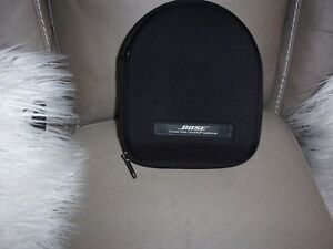 BOSE, Quiet Comfort 15 QC Headphones. Silver & Black. New No Tag.