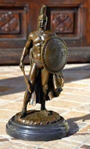 Bronze Statue Römischer Krieger mit Schwert und Schild auf Marmorsockel,signiert