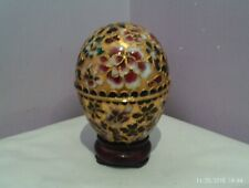 FABULOUS VINTAGE CHINESE CLOISONNE EGG DECORATED WITH FLOWERS DESIGN TRINKET POT