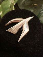 JAMES AVERY Holy Spirit Descending Dove Pin Brooch Sterling RETIRED Bird Peace L
