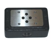 "CAST IRON CETOP 3 SUBPLATE 3/8"" BSP SIDE PORTED"
